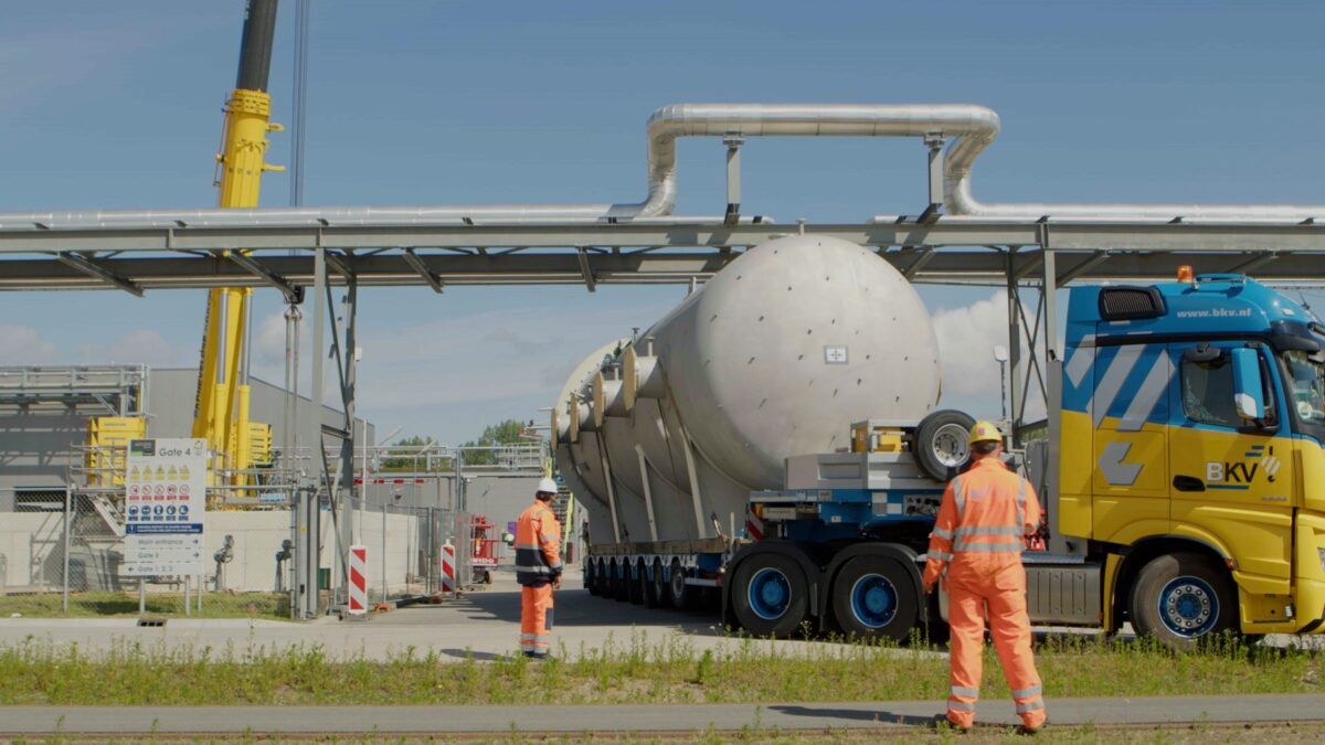 Accoya acetylation reactor arriving at Accsys in Arnhem, Netherlands